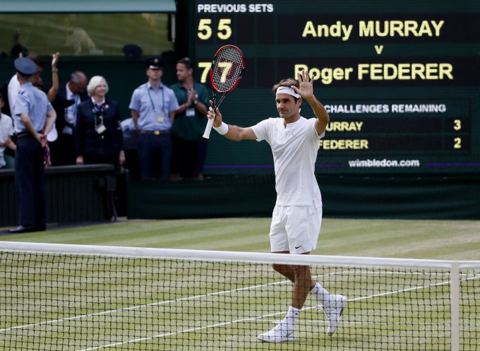 Djokovic to lock horns with Federer for Wimbledon title