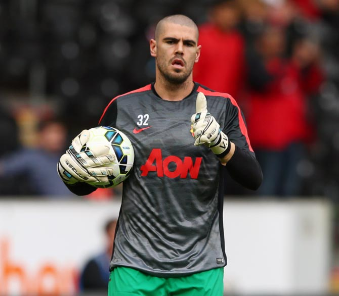 Why Manchester United want to sell Valdes six months after buying him