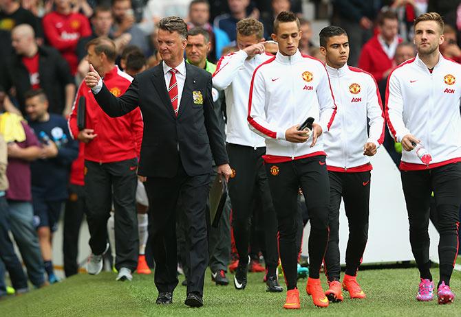 Van Gaal seeking galactico touch for resurgent Manchester United