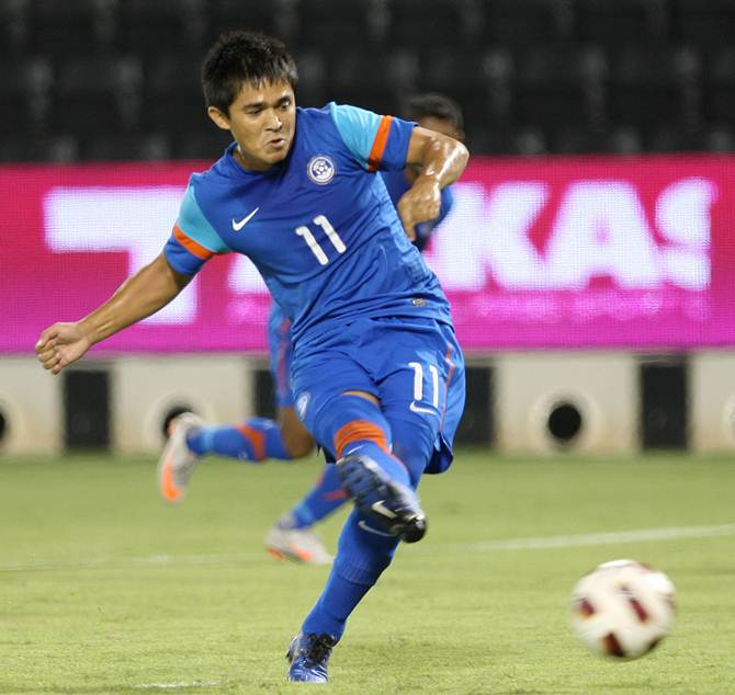Rediff Sports - Cricket, Indian hockey, Tennis, Football, Chess, Golf - Asian Cup qualifiers: Chhetri strike ends India's 64-year-old jinx