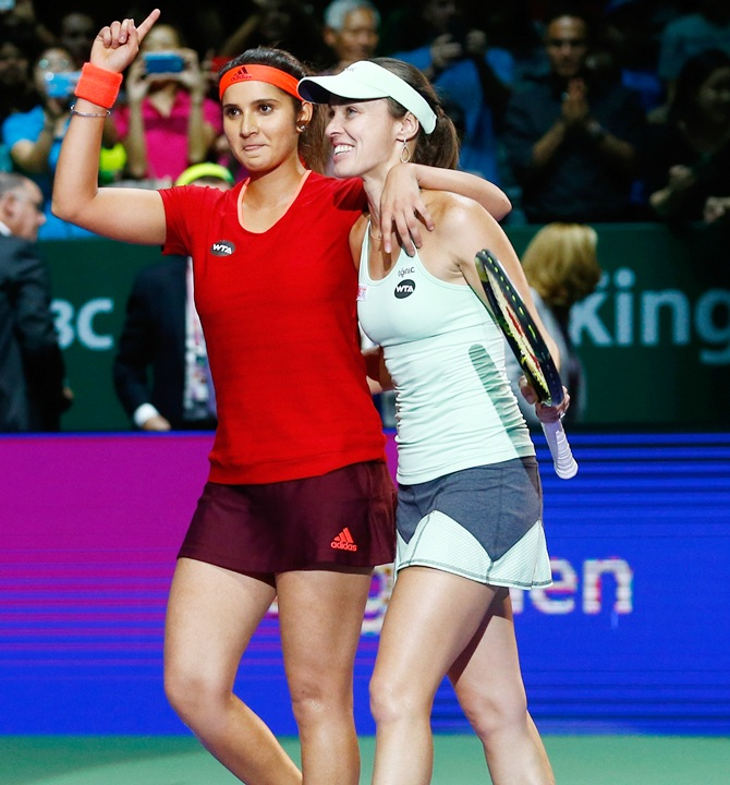 Rediff Sports - Cricket, Indian hockey, Tennis, Football, Chess, Golf - Sania, Martina make winning start at Indian Wells