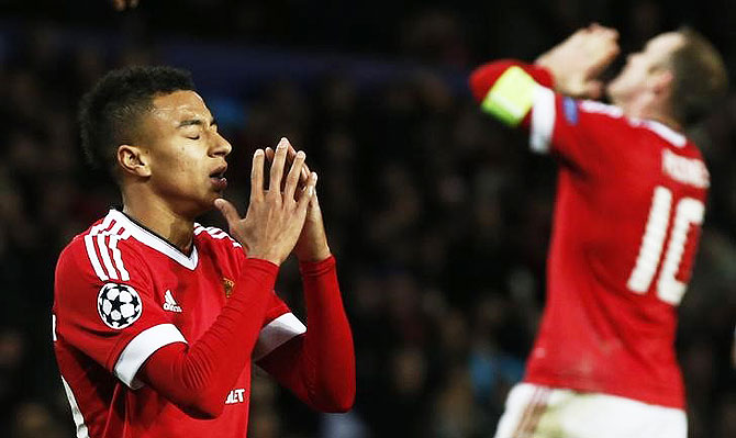 69bf88b5ac Manchester United s Jesse Lingard and Wayne Rooney look dejected after  missing scoring opportunity during their UEFA