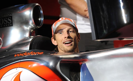 McLaren's Button quashes retirement rumours, set to race in 2016