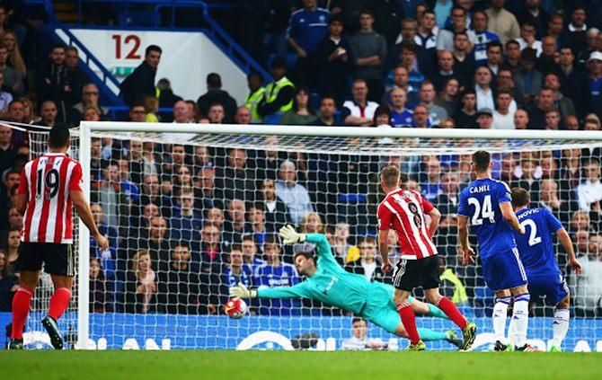 Rediff Sports - Cricket, Indian hockey, Tennis, Football, Chess, Golf - Southampton send Chelsea crashing