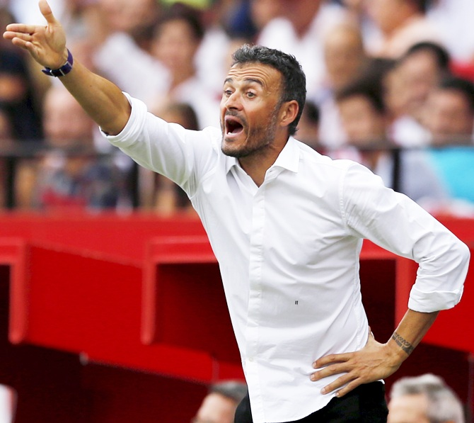Rediff Sports - Cricket, Indian hockey, Tennis, Football, Chess, Golf - 5 Reasons why Barca's coach is a worried man...