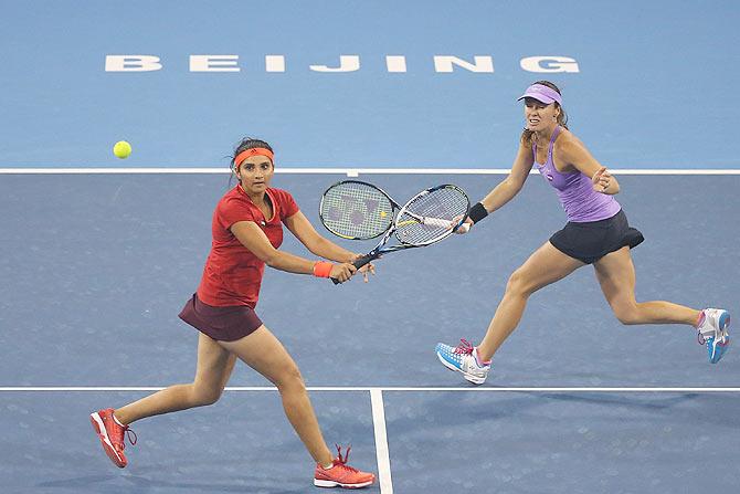 Rediff Sports - Cricket, Indian hockey, Tennis, Football, Chess, Golf - Sania-Hingis advance to China Open semis