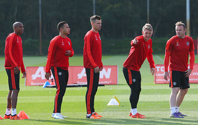 Ashley Young, Memphis, Morgan Schneiderlin, Bastian Schweinsteiger and Wayne Rooney during a Manchester United training