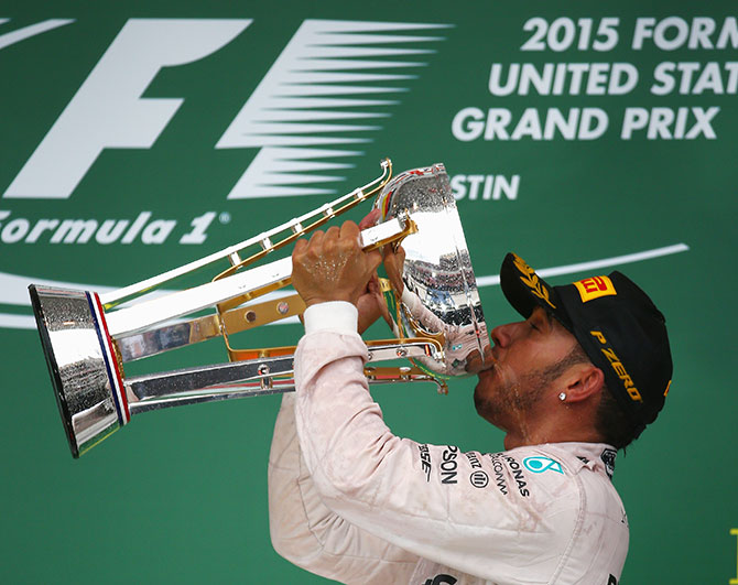 Lewis Hamilton takes third F1 title after U.S. thriller