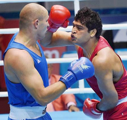 Rediff Sports - Cricket, Indian hockey, Tennis, Football, Chess, Golf - Satish Kumar joins three other Indians in semis of Asian boxing