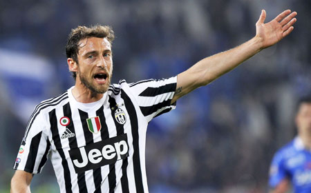 Rediff Sports - Cricket, Indian hockey, Tennis, Football, Chess, Golf - Italy's Marchisio to miss Euro 2016 with injury