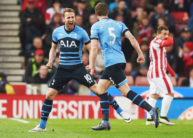 Rediff Sports - Cricket, Indian hockey, Tennis, Football, Chess, Golf - EPL PHOTOS: Tottenham's win at Stoke adds spice to title race