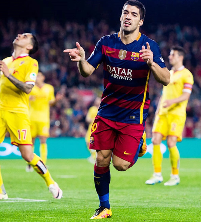Rediff Sports - Cricket, Indian hockey, Tennis, Football, Chess, Golf - Footballers of the weekend: Suarez shines in Europe