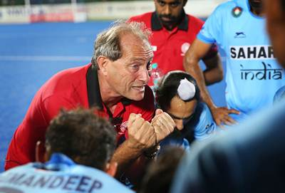 Rediff Sports - Cricket, Indian hockey, Tennis, Football, Chess, Golf - Indian hockey team's performance getting better: coach Oltmans