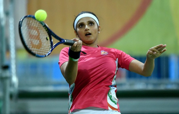 Rediff Sports - Cricket, Indian hockey, Tennis, Football, Chess, Golf - India always wants gold for me no matter what I play: Sania