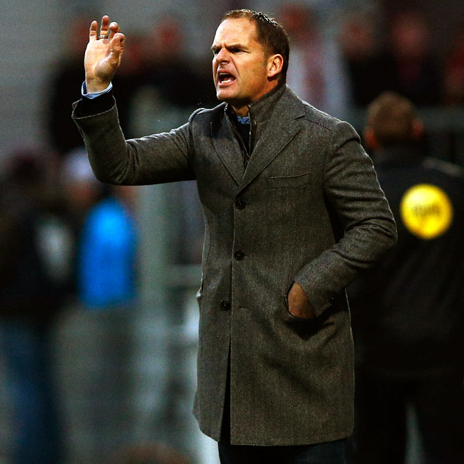 De Boer replaces Mancini as Inter Milan coach