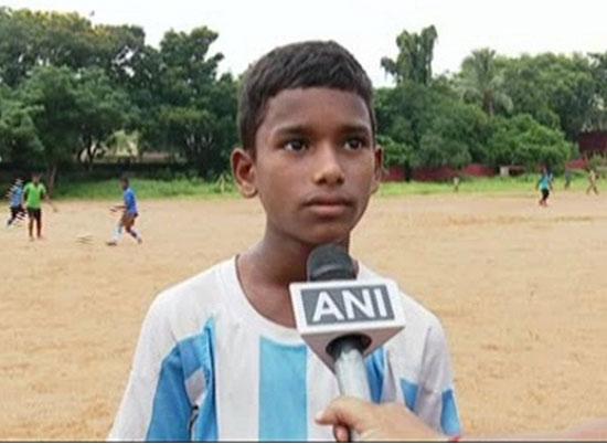 Rediff Cricket - Indian cricket - 11-year-old Odisha slum-dweller to train at Bayern Munich academy