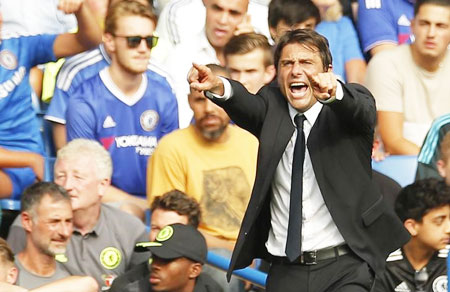 Conte wants Chelsea to 'keep last season in mind'