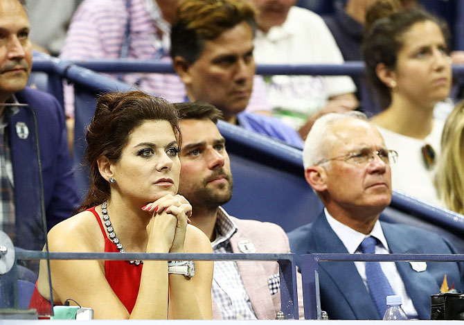 Hollywood actress Debra Nessing watches the US Open first round men's singles match between Novak Djokovic and Jerzy Janowicz on Day 1 of the 2016 US Open at the USTA Billie Jean King National Tennis Center on Monday