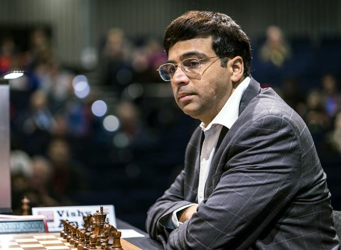 Rediff Sports - Cricket, Indian hockey, Tennis, Football, Chess, Golf - Tata Steel Chess: Nakamura jumps to joint lead; Anand draws again