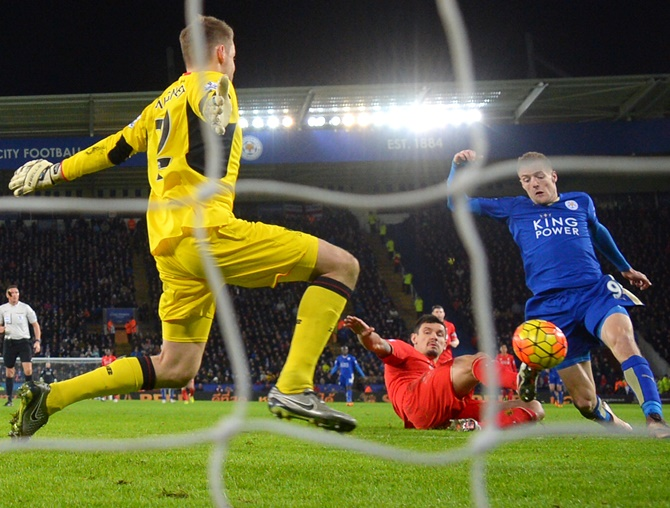 Rediff Sports - Cricket, Indian hockey, Tennis, Football, Chess, Golf - Vardy scores the 'best goal of his life'