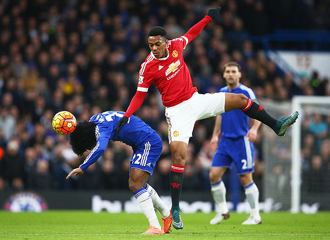 Rediff Sports - Cricket, Indian hockey, Tennis, Football, Chess, Golf - EPL: United ditch 'dull' style in search of top finish