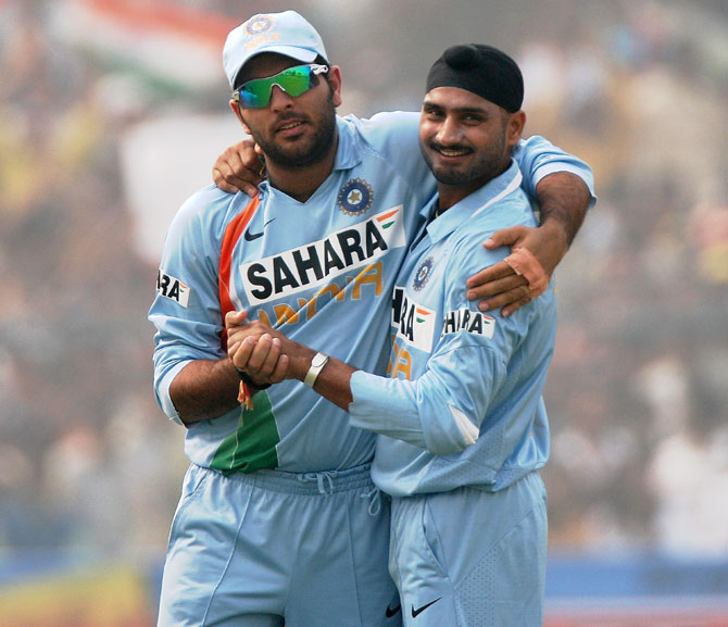 Rediff Cricket - Indian cricket - Recalled seniors' spot in playing XI not assured, says Shastri