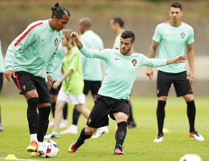 Portugal's Bruno Alves and Vieirinha during a training session in Centre National de Rugby, Marcoussis, France on Tuesday