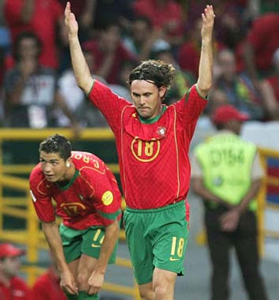 Maniche celebrates after scoring the second goal against Holland