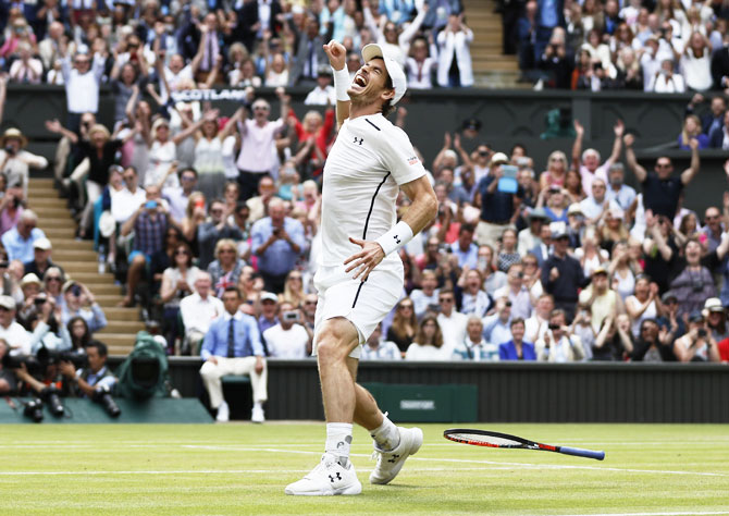 Dominant Murray downs Raonic to win second Wimbledon title