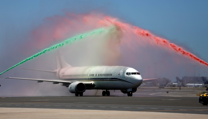 Rediff Sports - Cricket, Indian hockey, Tennis, Football, Chess, Golf - Euro 2016: Champions Portugal fly home to hero's welcome