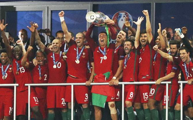 Rediff Sports - Cricket, Indian hockey, Tennis, Football, Chess, Golf - Portugal beat France to win Euro 2016 title
