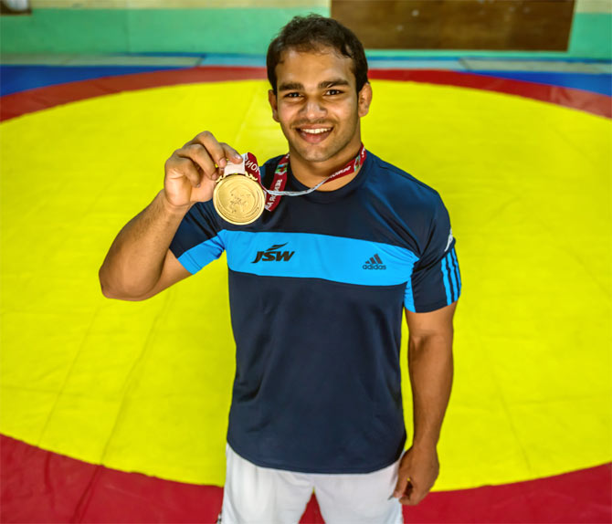 Rediff Sports - Cricket, Indian hockey, Tennis, Football, Chess, Golf - Narsingh's Olympic dreams all but over!