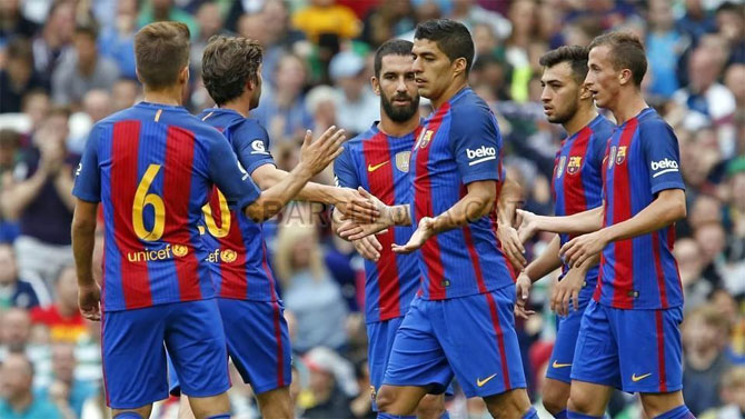 Rediff Sports - Cricket, Indian hockey, Tennis, Football, Chess, Golf - Holders Barcelona avoid Real Madrid in King's Cup draw
