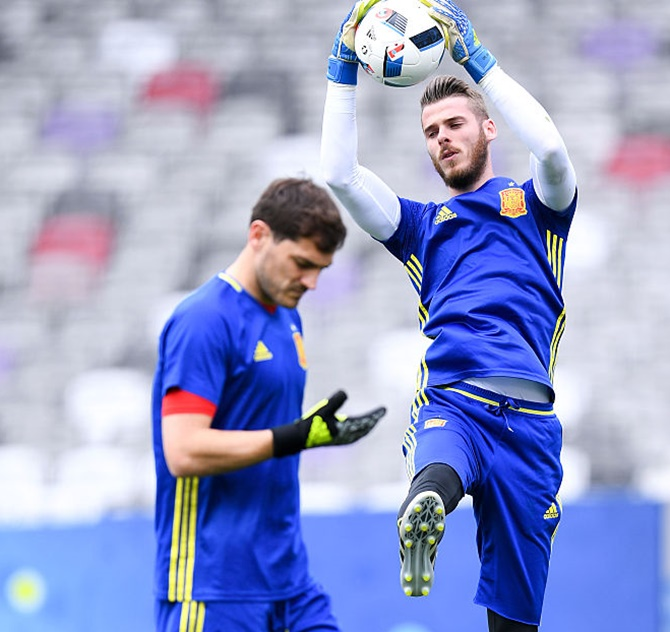 Rediff Sports - Cricket, Indian hockey, Tennis, Football, Chess, Golf - How Spain's De Gea turned criticism into inspiration...