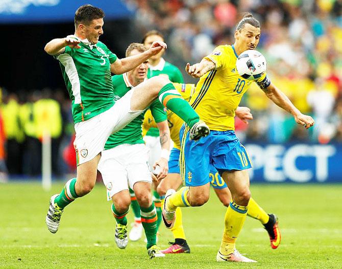 Rediff Sports - Cricket, Indian hockey, Tennis, Football, Chess, Golf - Euro: Clark own goal hands Sweden lucky draw vs Ireland