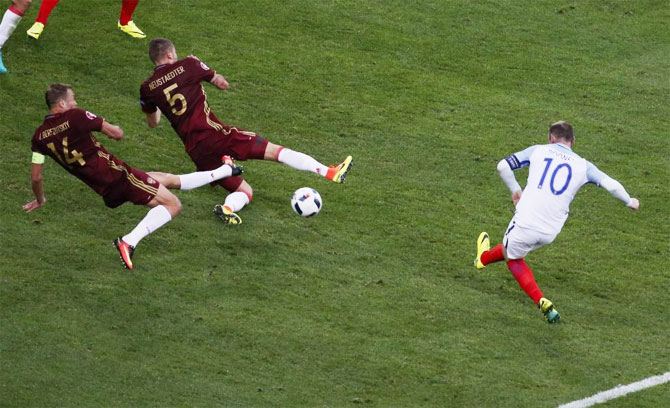 England's Wayne Rooney fails to score against Russia during their Group B match in Marseille on Sunday, June 12