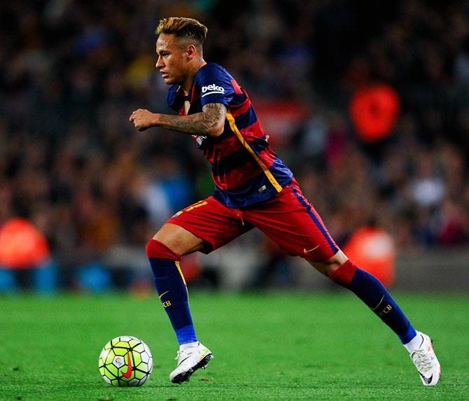 Rediff Sports - Cricket, Indian hockey, Tennis, Football, Chess, Golf - Football Briefs: Neymar on brink of record move to PSG?
