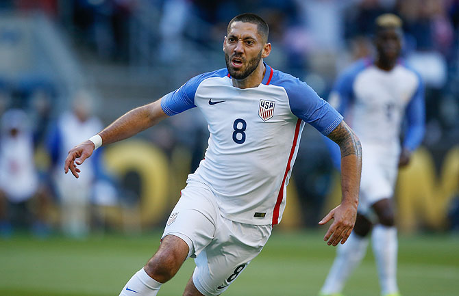 USA's Clint Dempsey celebrates after scoring a goal against Ecuador during the 2016 Copa America Centenario quarter-final
