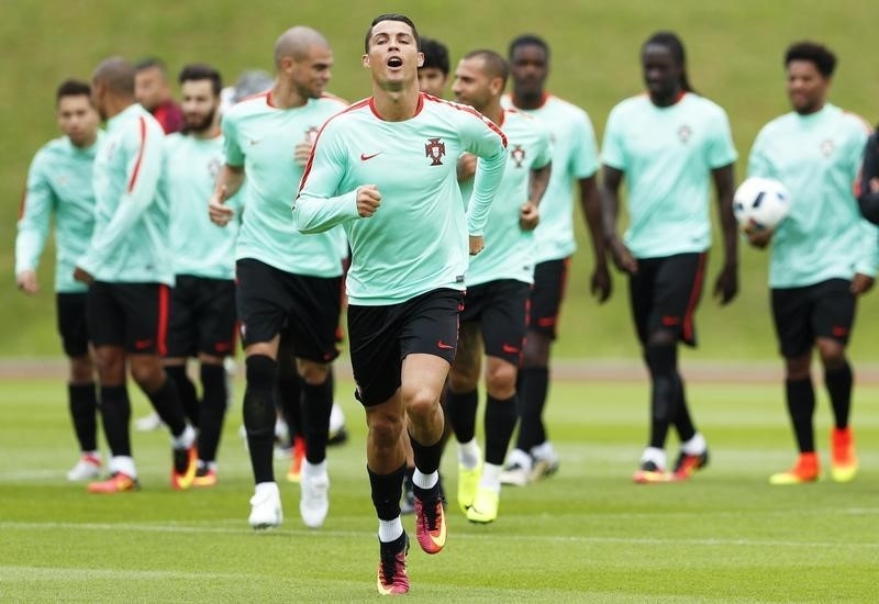 Rediff Sports - Cricket, Indian hockey, Tennis, Football, Chess, Golf - Euro Preview: Portugal braced for 'series of finals'