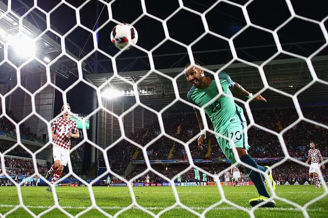 Rediff Sports - Cricket, Indian hockey, Tennis, Football, Chess, Golf - Euro 2016: Quaresma gives Portugal last-gasp win over Croatia
