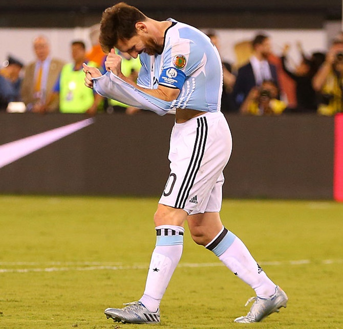Argentina's Lionel Messi reacts after missing his penalty kick against Chile during the Copa America Centenario final