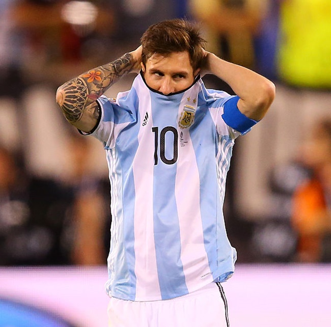 Rediff Sports - Cricket, Indian hockey, Tennis, Football, Chess, Golf - All you need to know about Lionel Messi