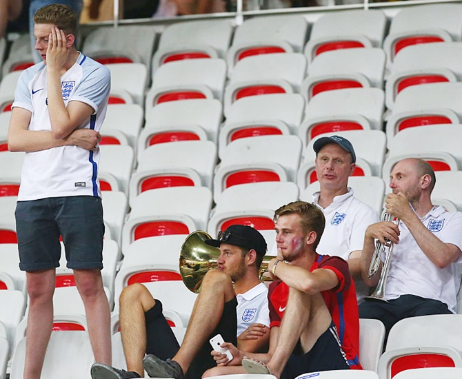 Rediff Sports - Cricket, Indian hockey, Tennis, Football, Chess, Golf - 'It's a really sad time to be English'