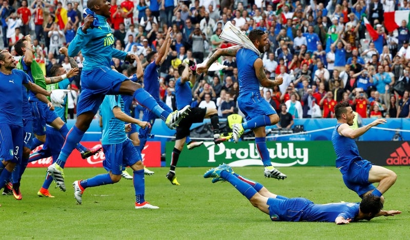 Rediff Sports - Cricket, Indian hockey, Tennis, Football, Chess, Golf - Euro 2016: Italy defeat shows Spain's golden era ended