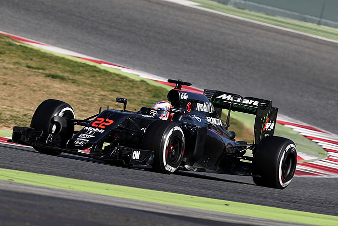 Winter testing: Button hails 'biggest improvement' in 14 months
