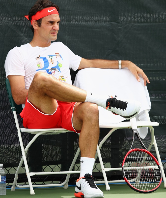 Rediff Sports - Cricket, Indian hockey, Tennis, Football, Chess, Golf - Fit Federer gears up to play in Madrid Masters