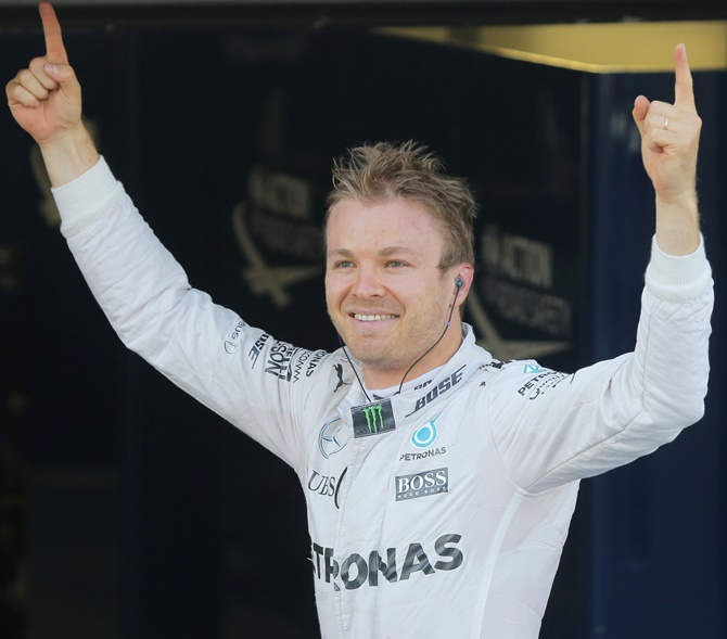Russian Grand Prix: Rosberg makes it seven wins in a row