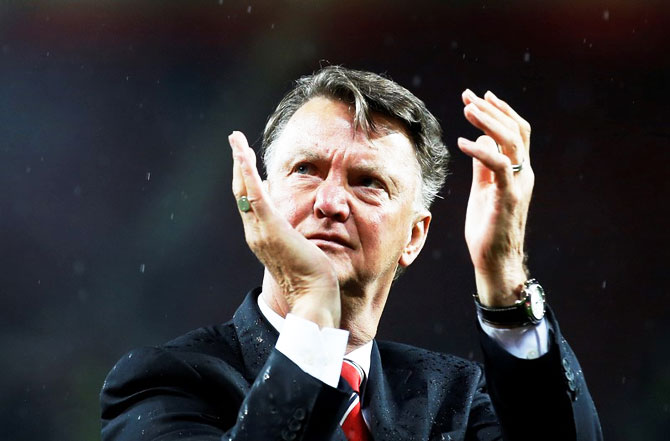Rediff Sports - Cricket, Indian hockey, Tennis, Football, Chess, Golf - Manchester United sack manager Van Gaal, Mourinho likely to take over