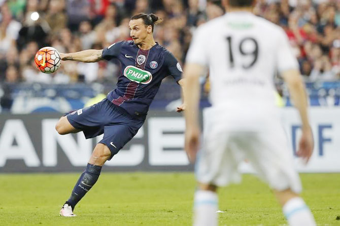 Rediff Sports - Cricket, Indian hockey, Tennis, Football, Chess, Golf - Ibrahimovic bids farewell to PSG with French Cup win