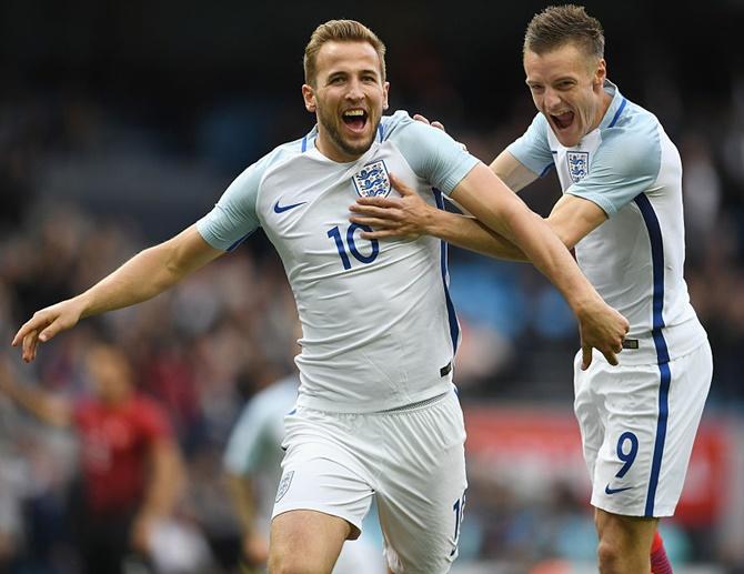 Rediff Sports - Cricket, Indian hockey, Tennis, Football, Chess, Golf - Football friendly: Kane, Vardy inspire England to win